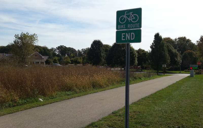 Bike Trail at Lyon Township Library 10 11 2016 pic06 800w600h